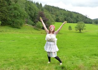 AND DIY9 - Orania Fox, Live Art Therapy Workshop, Grizedale Forest, Cumbria - 28-29 July 2012