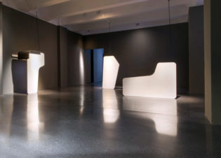 dark-content-exhib-HMKV-dortmund-1-700x467